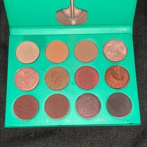 The Nubian by Juvias palette